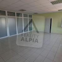 Kancelárie, Nové Zámky, 38 m², Kompletná rekonštrukcia