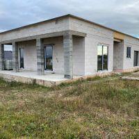 Rodinný dom, Haniska, 146 m², Novostavba