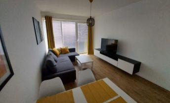 Ponúkame na prenájom 2 izbový byt s garažový státim v Dunajskej Lužnej