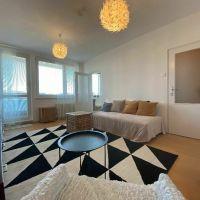 1 izbový byt, Bratislava-Karlova Ves, 39 m², Čiastočná rekonštrukcia