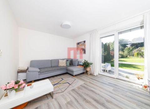 REZERVOVANÝ -  Na predaj pekný 3 izbový rodinný dom v tichom prostredí