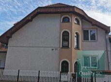 NA PREDAJ Bratislava II. - 4 izbový byt v rodinnom dome - vhodný na podnikanie - ul. Korytnická, Podunajské Biskupice v Bratislave