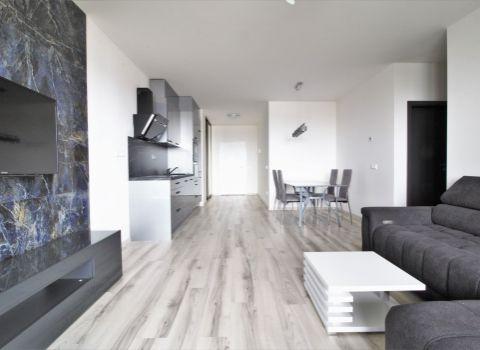 PRENAJATÝ - na prenájom úplne nový 2 izbový byt s veľkou loggiou na Tehelnom poli