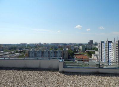 Predaj komplet zrekonštruovanej garsónky na streche, 5 min do centra, famózny výhľad, klimatizácia