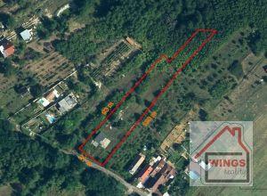 Stavebný pozemok s právoplatným stavebným povolením Vinohrady nad Váhom
