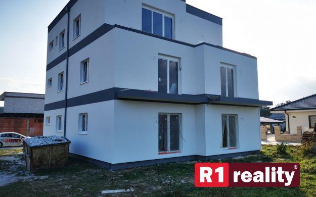 Nový 2 izbový byt D, 58,64 m2+ terasa, parking, SPA REZIDENCE, Banka, okr. Piešťany