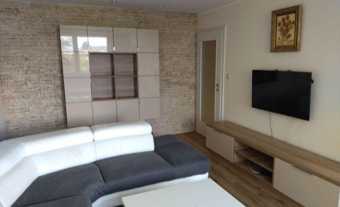 NA PRENÁJOM nadštandardný 3izb. byt v Nitre + 2x balkón
