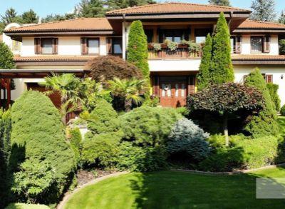 Exluzívna vila v Karlovej vsi v blízkosti lesa aj Dunaja