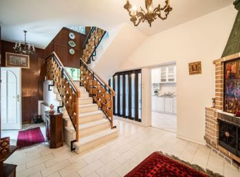 PROMINENT REAL predá 5 izb. vilu v zelenom prostredí pri Horskom parku.