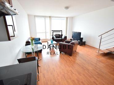 Predaj 4-izbový mezonetový byt s troma loggiami a garážovým státím v Koloseu, Bratislava-Nové mesto.