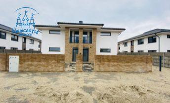 Nová etapa! 3 izbový byt s terasou, záhradou a 2 park. miestami na predaj Veľké Uľany