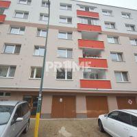 3 izbový byt, Bratislava-Petržalka, 69 m², Čiastočná rekonštrukcia