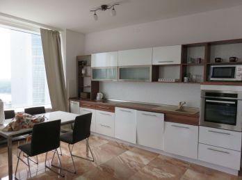 BA I. Staré mesto - 3 izbový byt v PANORAMA