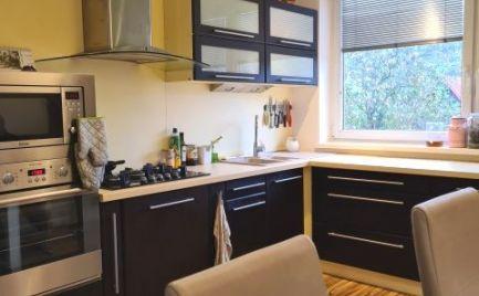 4 izbový byt v tehlovej bytovke, garáž, záhradka, rekonštrukcia