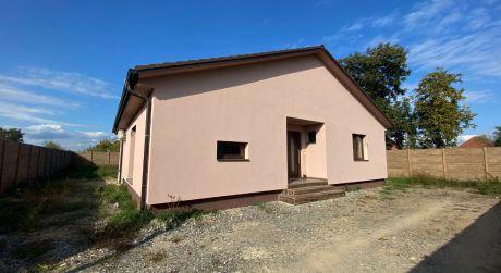 Novostavba 4-izbového rodinného domu v obci Čaňa (108/21)