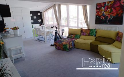 Ponúkame Vám na preda 3- izbový slnečný byt v historickom centre mesta Hainburg