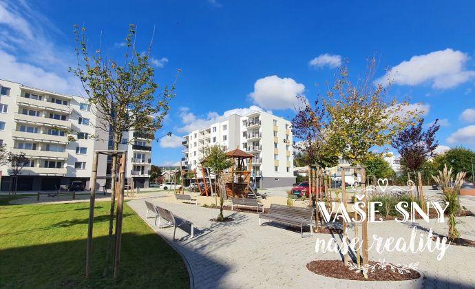 Prenájom novostavby priestranného bytu s krásnym výhľadom a vlastným parkovaním