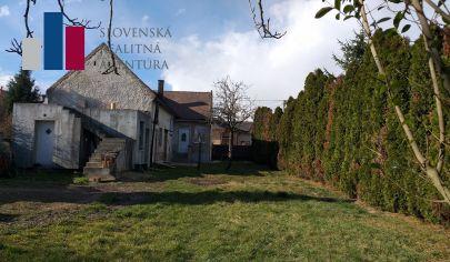 PREDAJ  RD s veľkým pozemkom 1382m2 s možnosťou výstavby ďalšieho RD, Bratislava- Vajnory