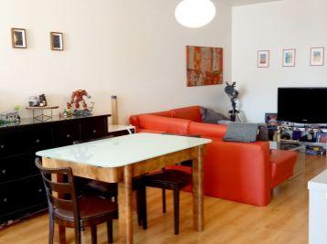 BA V. Na prenájom veľký 1,5 izbový byt na Šustekovej ulici v Petržalke