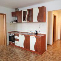 2 izbový byt, Sobotište, 65 m², Kompletná rekonštrukcia