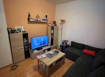 Nové Bývanie - prenájom 1 izbový byt, Dúbravka - Hanulová, 450€ mesiac vrátane energií