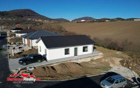 Na predaj novostavba 4-izbového bungalovu  v Trenčianskych Miticiach.