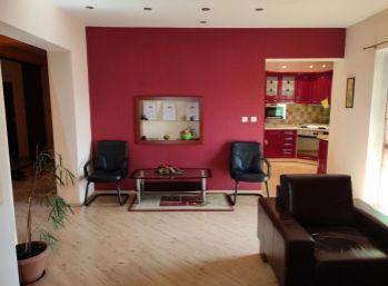 PREDAJ pekného 3izb. bytu s garážovým státím, pivnicou v 14 ročnej novostavbe bytového domu, Dunajská Streda- Nová Ves