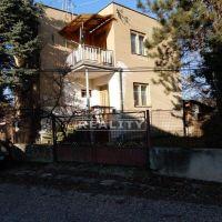 Rodinný dom, Keť, 237 m², Čiastočná rekonštrukcia