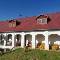 Vidiecky dom, Cinobaňa, 340 m², Čiastočná rekonštrukcia
