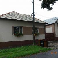Rodinný dom, Levice, 1 m², Čiastočná rekonštrukcia