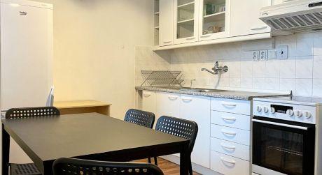 Bývajte v 1,5 izbovom byte Bratislave - Rača