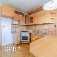 3 izbový byt, Liptovský Mikuláš, 65.10 m², Čiastočná rekonštrukcia