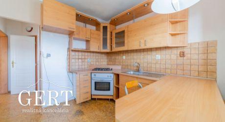 3-izbový slnečný byt Liptovský Mikuláš - Podbreziny