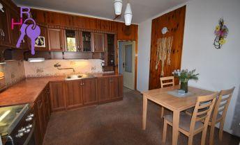 Priestranný 3 izbový byt s možnosťou rýchleho sťahovania.