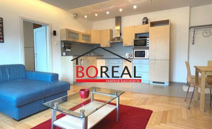 Veľký 2izb. byt, 64 m2 s balkónom, Justičná ul. - BA I. na prenájom