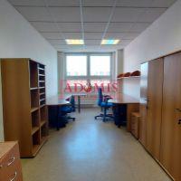 Kancelárie, Košice-Staré Mesto, 18.28 m², Kompletná rekonštrukcia