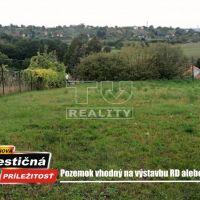 Pre rodinné domy, Žemberovce, 1200 m², Čiastočná rekonštrukcia