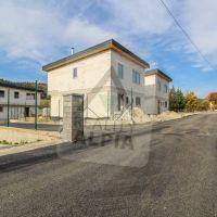 Rodinný dom, Kotešová, 351 m², Novostavba