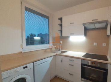 2 garsónka DELUXE so samostatnou kuchyňou a väčšou murovanou pivnicou na ulici FEDINOVA