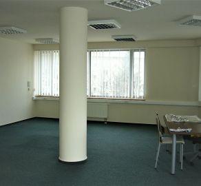 StarBrokers- PRENÁJOM - Kancelársky celok 107m2, roh Košickej a Miletičovej ul.- polyf.budova, 1.posch.