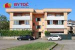 BYTOČ RK -  slnečný 2-izb. byt s veľkou terasou a parkovaním v Taliansku na ostrove Grado - Cittá Giardino
