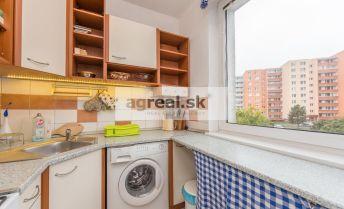 2,5-izbový byt v tichej a zelenej časti Dúbravky, Bazovského ulica
