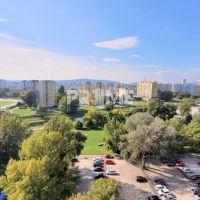 3 izbový byt, Bratislava-Petržalka, 73 m², Pôvodný stav