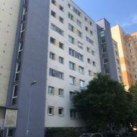 3 izbový byt, Bratislava-Nové Mesto, 72 m², Čiastočná rekonštrukcia