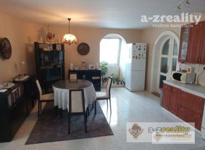 Ponúkame na predaj rodinný dom v centre Komárna