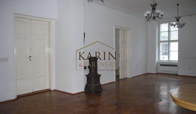 PRENÁJOM - priestor 220 m2 v historickom centre - administratíva aj štúdio