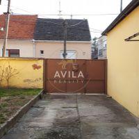 Vidiecky dom, Piešťany, 1848 m², Čiastočná rekonštrukcia