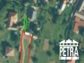 PREDAJ : stavebný pozemok s projektom a právoplatným stavebným povolením v obci Badín