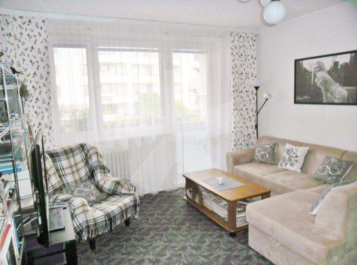 PREDANÉ - BARTÓKOVA, 3-i byt, 83,9 m2 - s loggiou, ŠATNÍKOM a pivnicou, SLNEČNÝ byt, čiast. rekonštrukcia, VYNIKAJÚCA LOKALITA OKOLIA HORSKÉHO PARKU