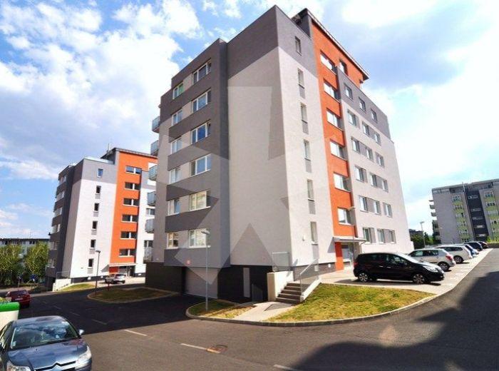 PREDANÉ - KADNÁROVÁ, 4-i byt, 102 m2 - novostavba, HROZNOVÝ SAD II, priestranná dispozícia, pokojné BÝVANIE PRIAMO POD SVAHMI VINOHRADOV